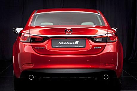 2013-New-Mazda-6-Rear